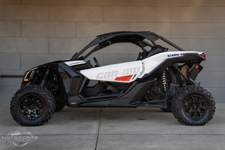2017  Maverick X3 Turbo R