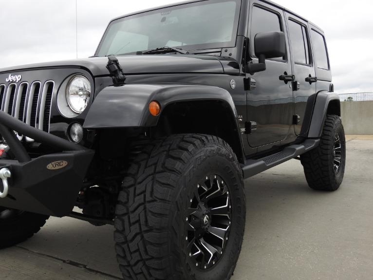 Used-2018-Jeep-Wrangler-JK-Unlimited-Sahara-for-sale-Jackson-MS