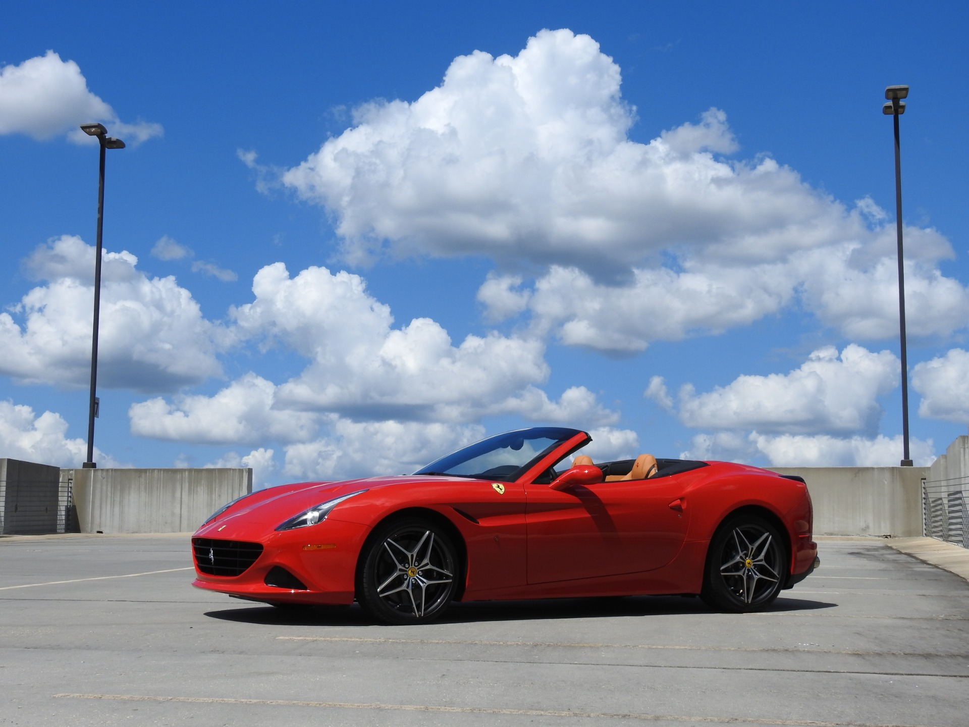 Used-2018-Ferrari-California-T-***-Only-131-Miles-***-for-sale-Jackson-MS