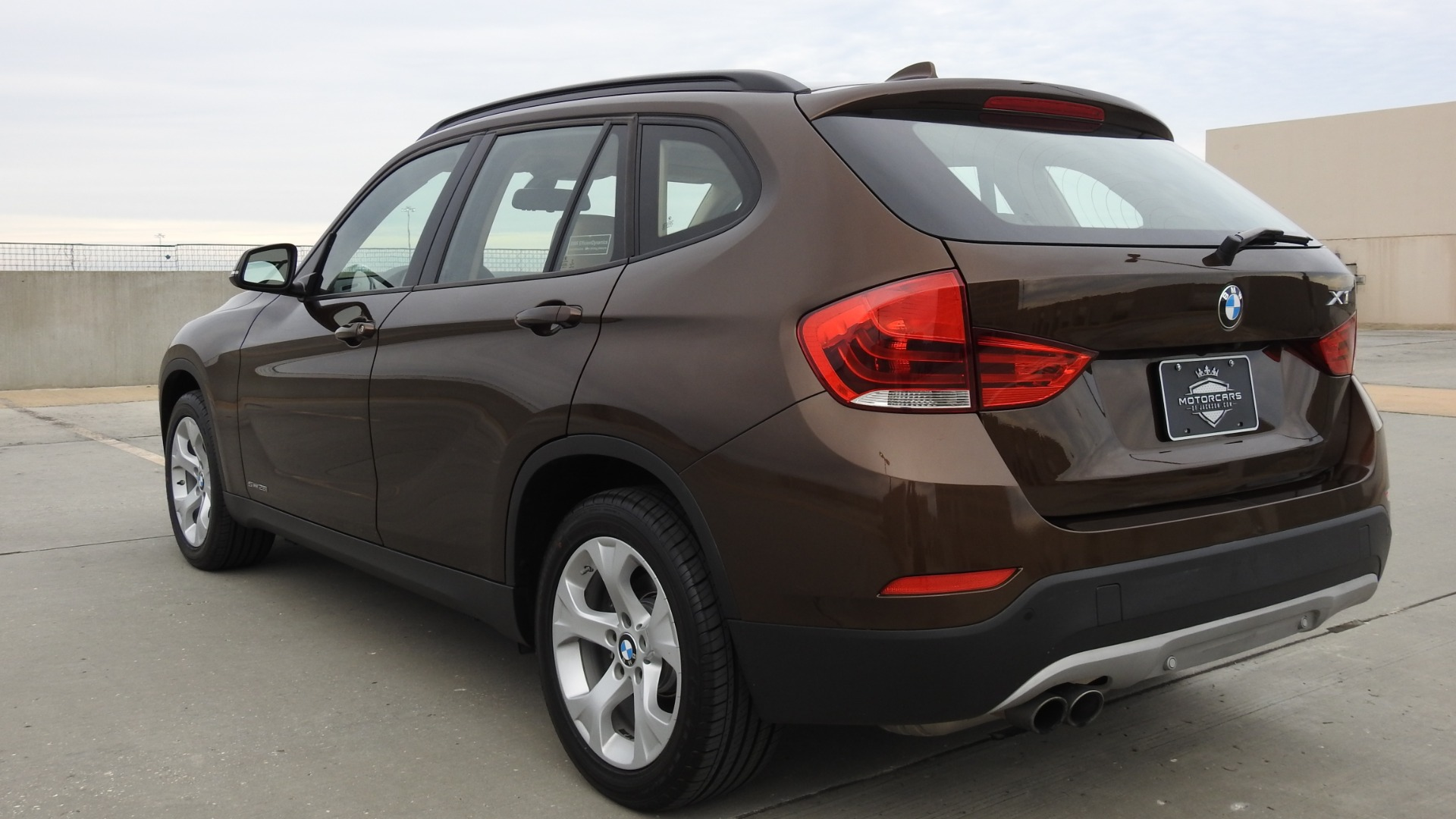 Used-2015-BMW-X1-sDrive28i-for-sale-Jackson-MS