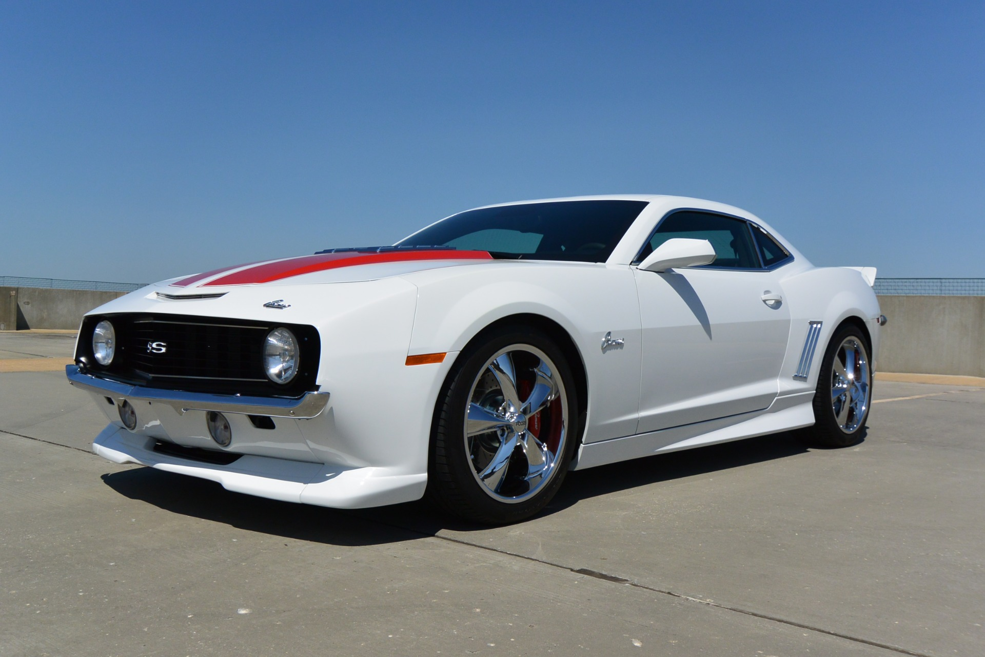 Used-2010-Chevrolet-Camaro-2SS-**69-Retro-Show-Car-**-for-sale-Jackson-MS