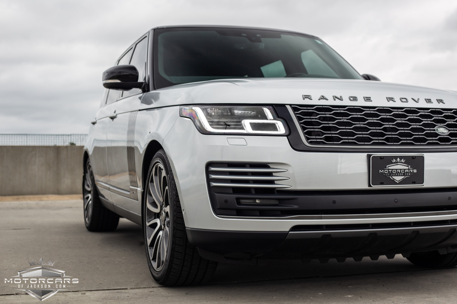 Used-2018-Land-Rover-Range-Rover-Supercharged-LWB-for-sale-Jackson-MS