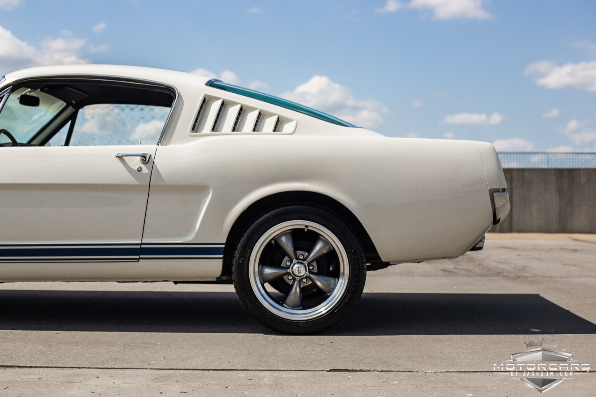 Used-1965-Ford-Mustang-Fastback-2+2-for-sale-Jackson-MS