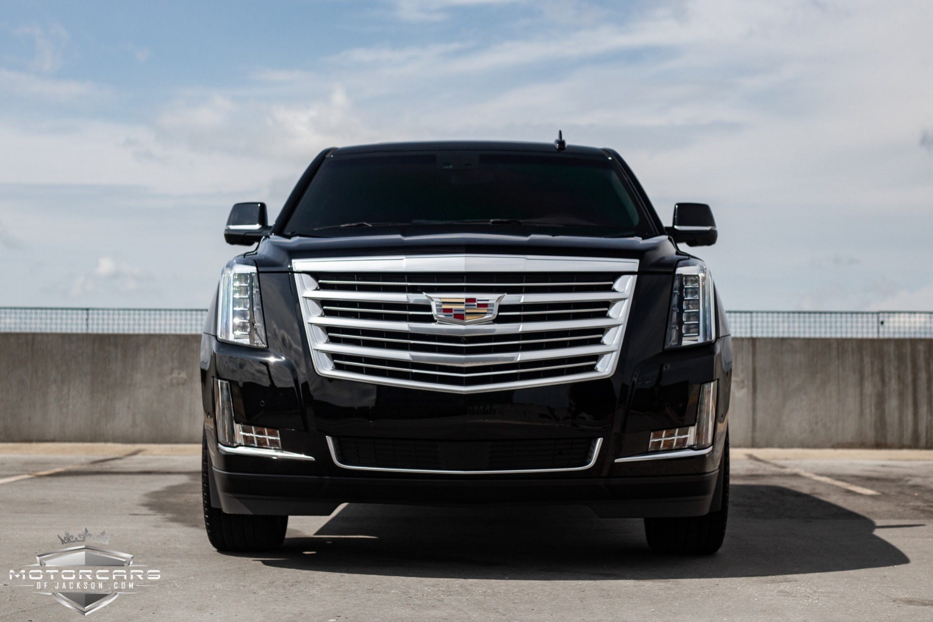 Used-2018-Cadillac-Escalade-Platinum-for-sale-Jackson-MS