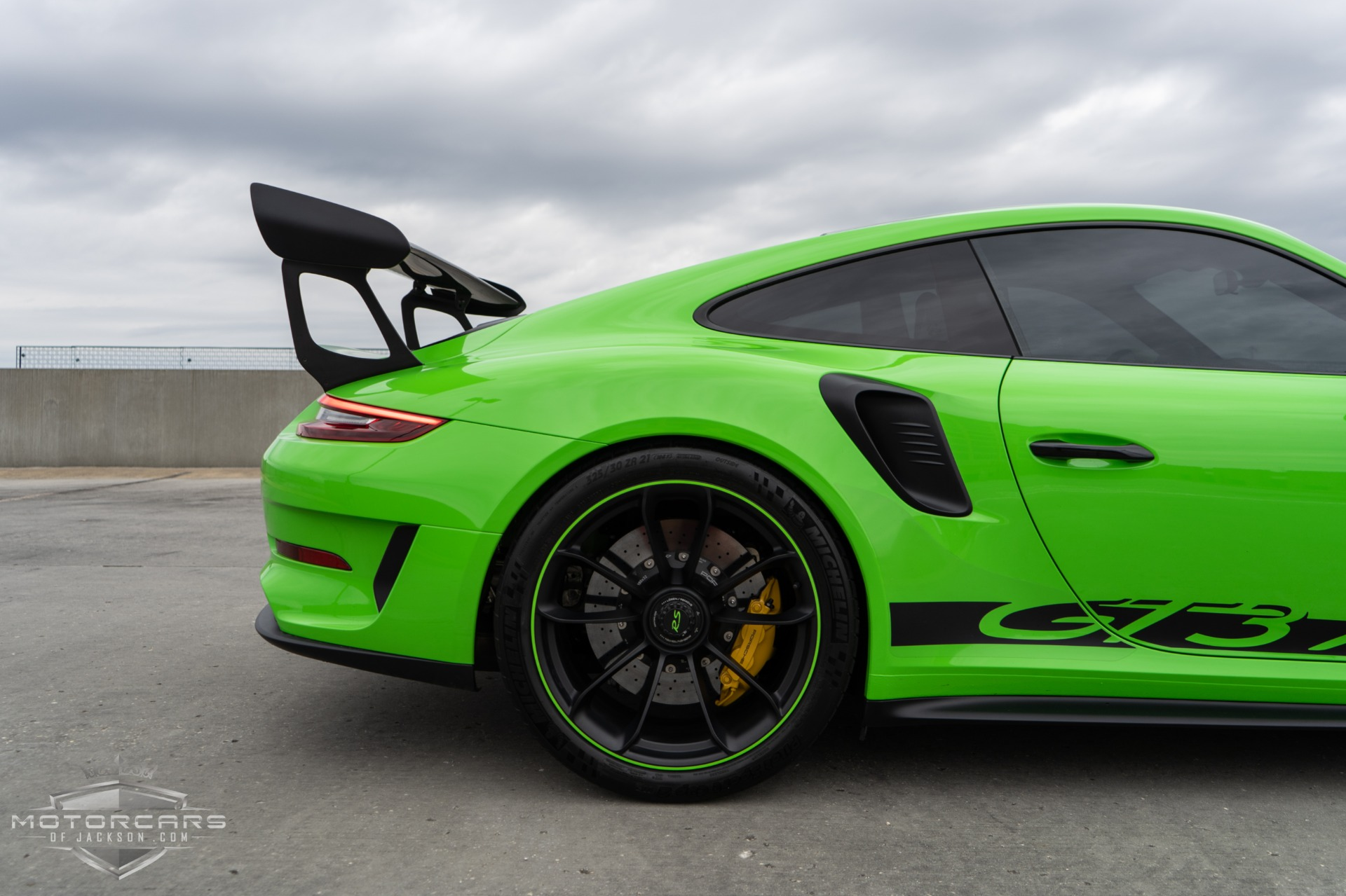 Used-2019-Porsche-911-GT3-RS-Weissach-Package-for-sale-Jackson-MS