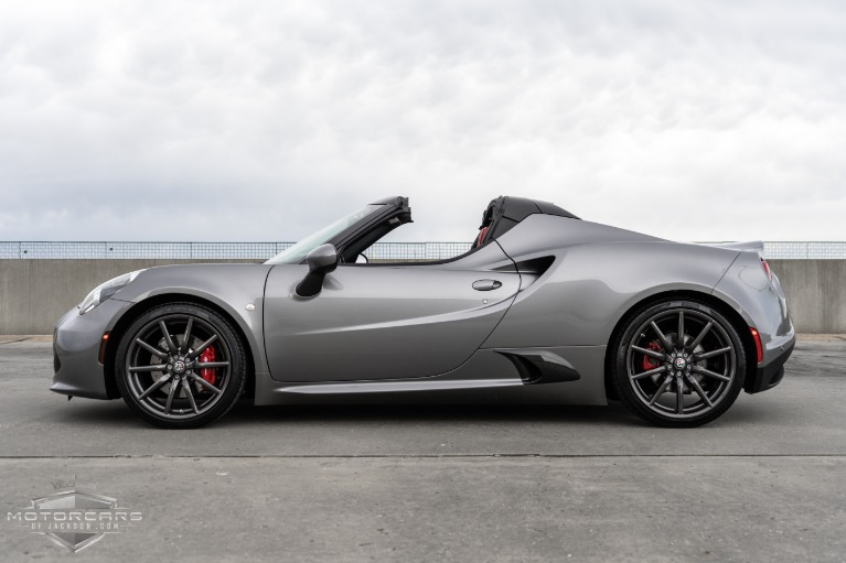 Used-2018-Alfa-Romeo-4C-Spider-for-sale-Jackson-MS