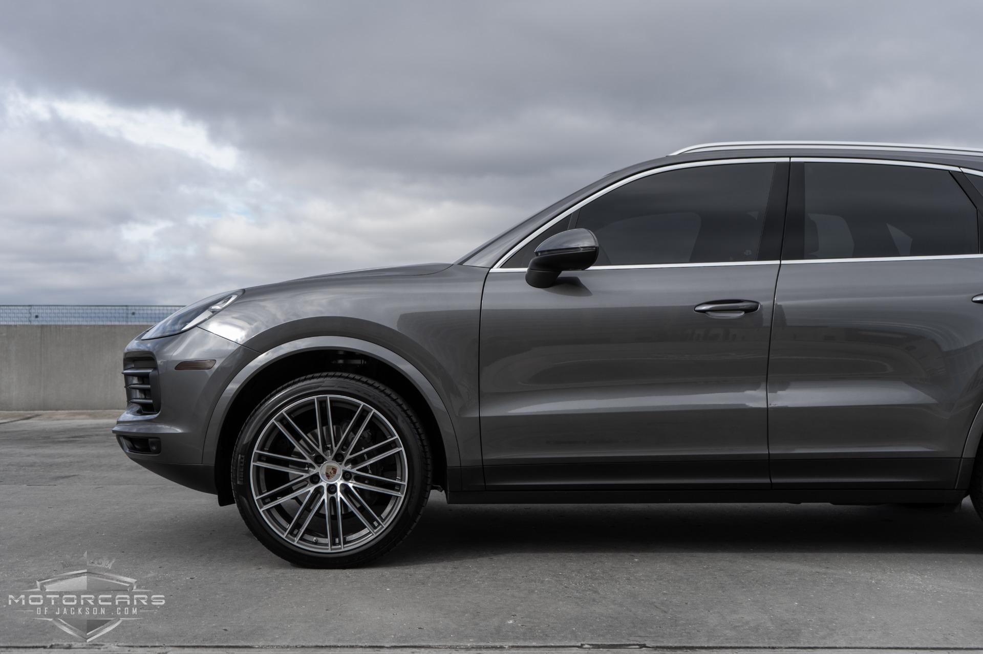 Used-2019-Porsche-Cayenne-Jackson-MS