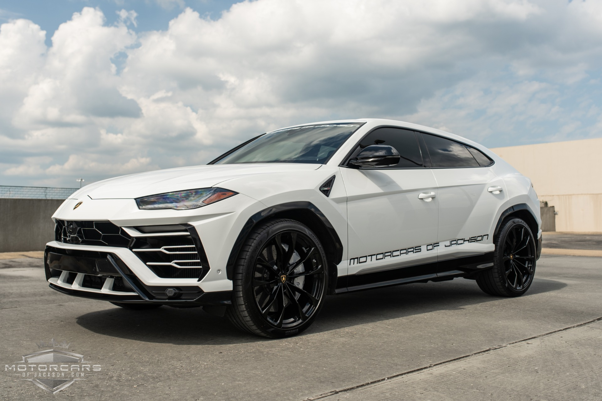 Used-2019-Lamborghini-Urus-for-sale-Jackson-MS