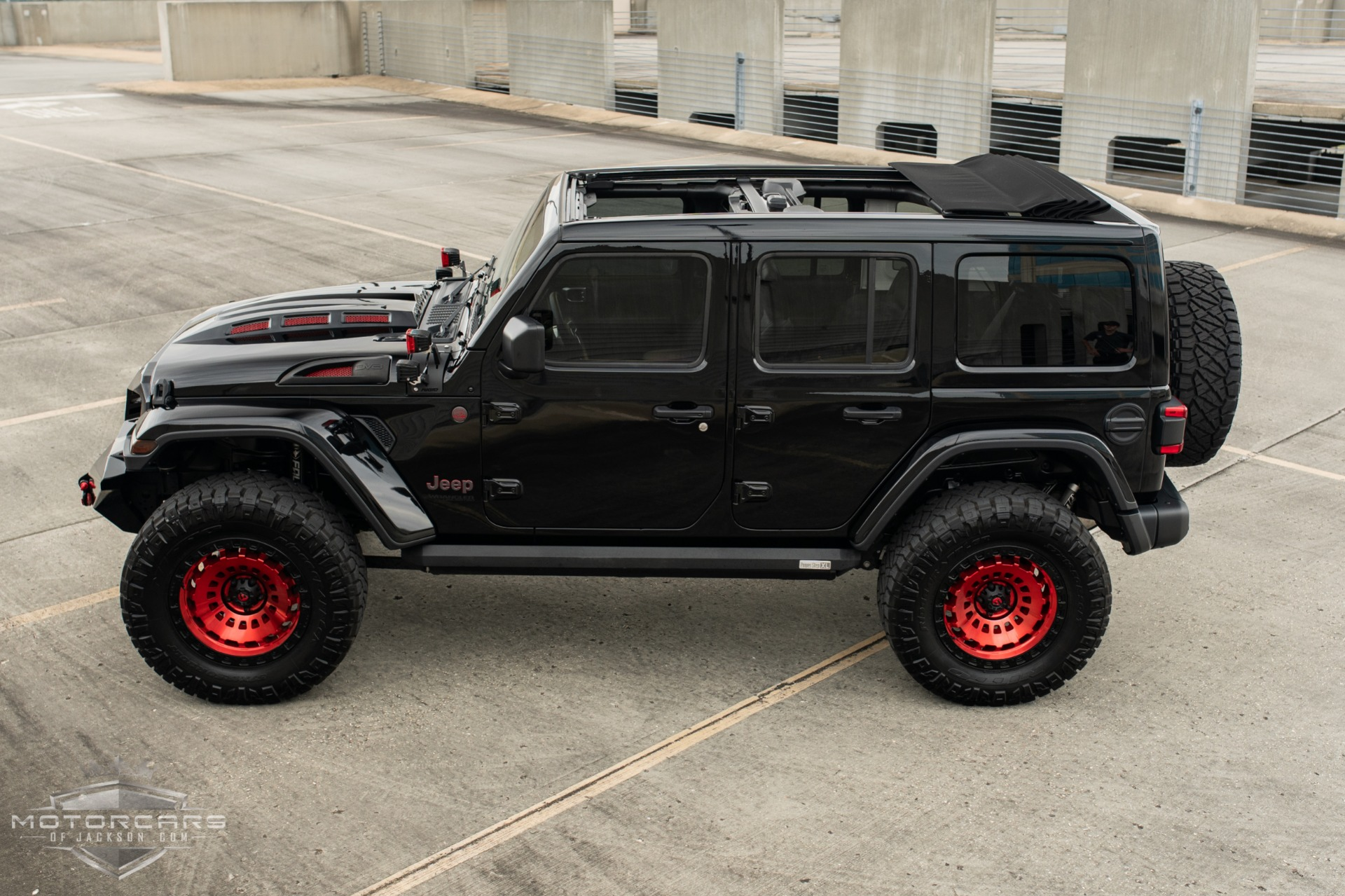 Used-2019-Jeep-Wrangler-Unlimited-Rubicon-for-sale-Jackson-MS