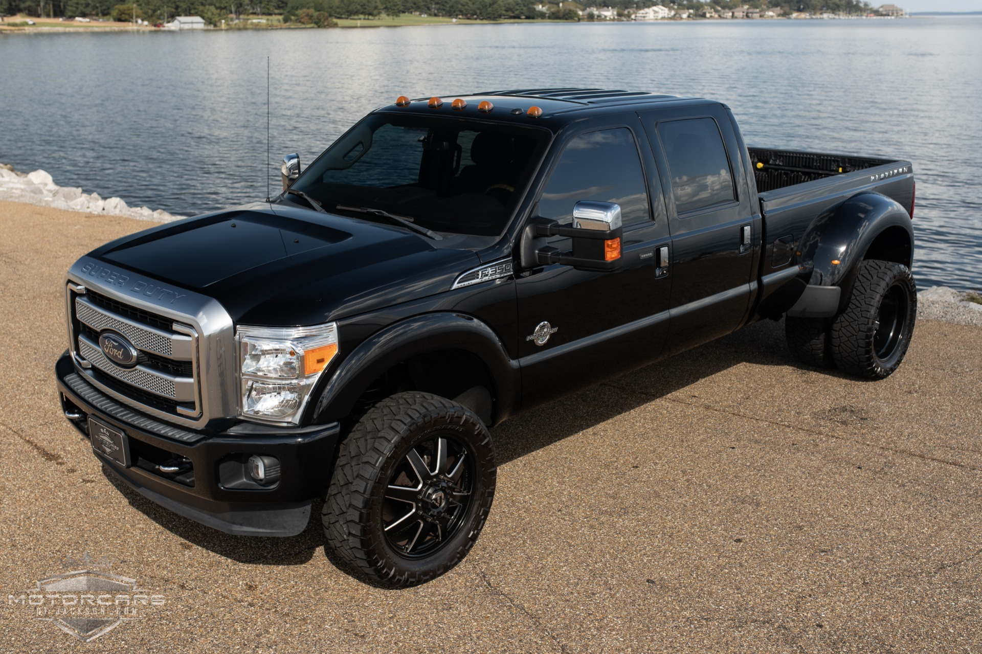 Used-2016-Ford-Super-Duty-F-350-DRW-Platinum-Jackson-MS