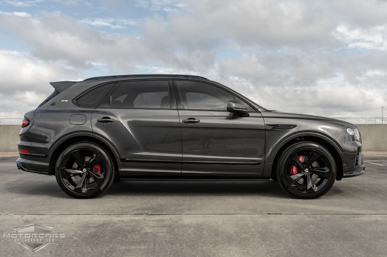 Used-2021-Bentley-Bentayga-V8-for-sale-Jackson-MS