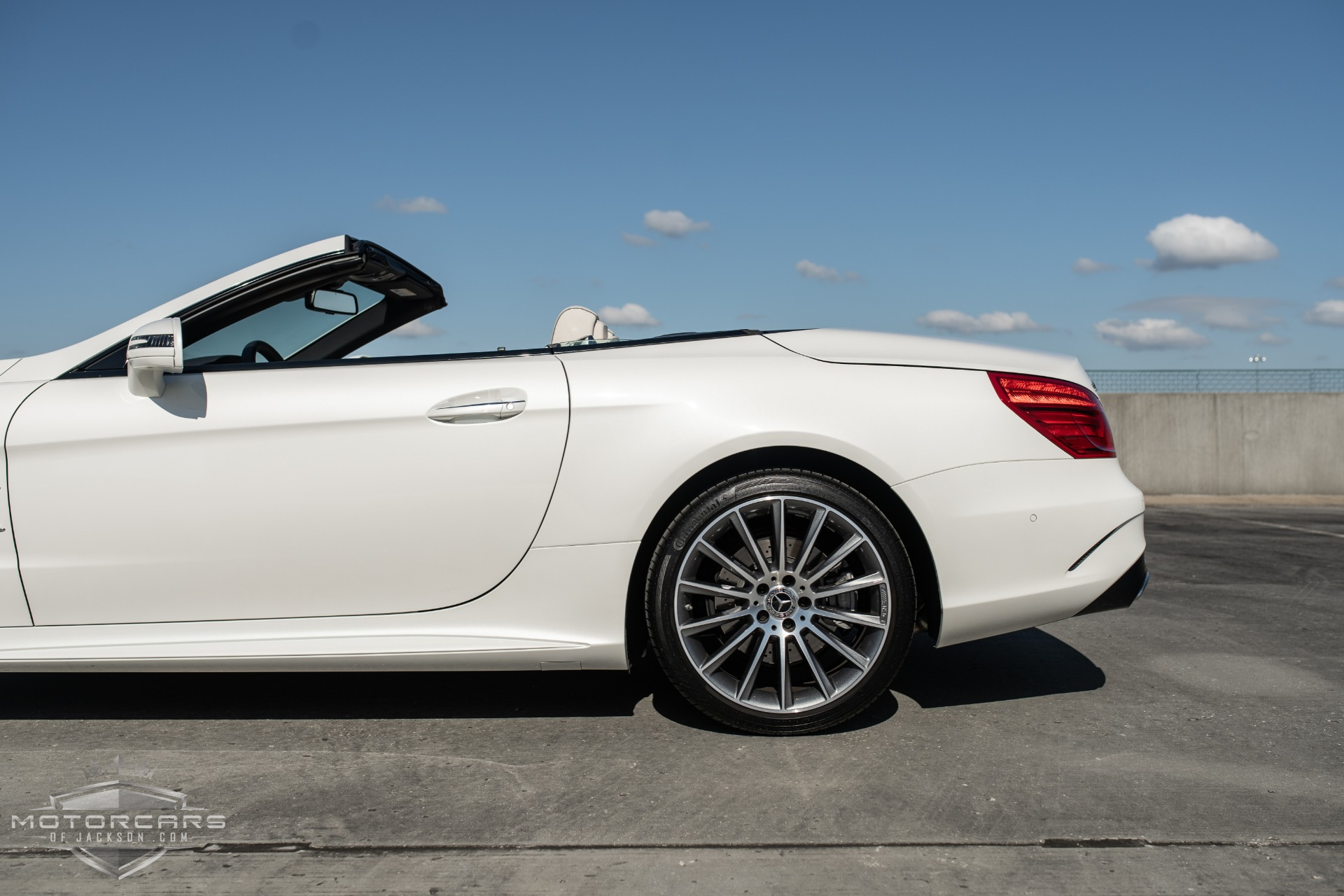 Used-2020-Mercedes-Benz-SL-SL-550-Jackson-MS