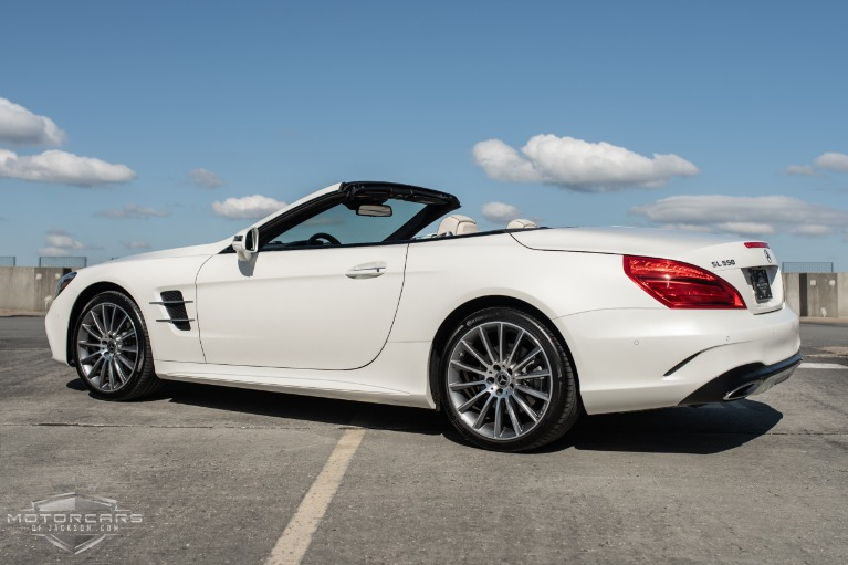 Used-2020-Mercedes-Benz-SL-SL-550-for-sale-Jackson-MS