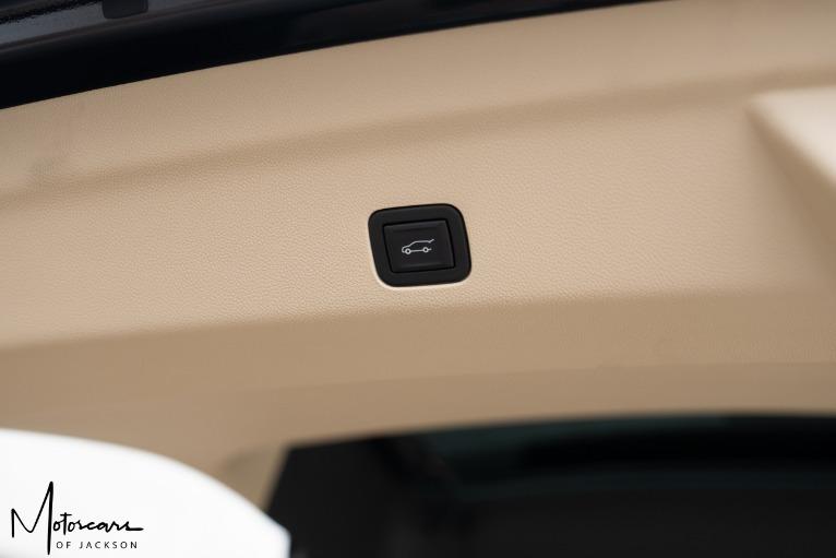 Used-2021-Cadillac-Escalade-ESV-Premium-Luxury-Jackson-MS