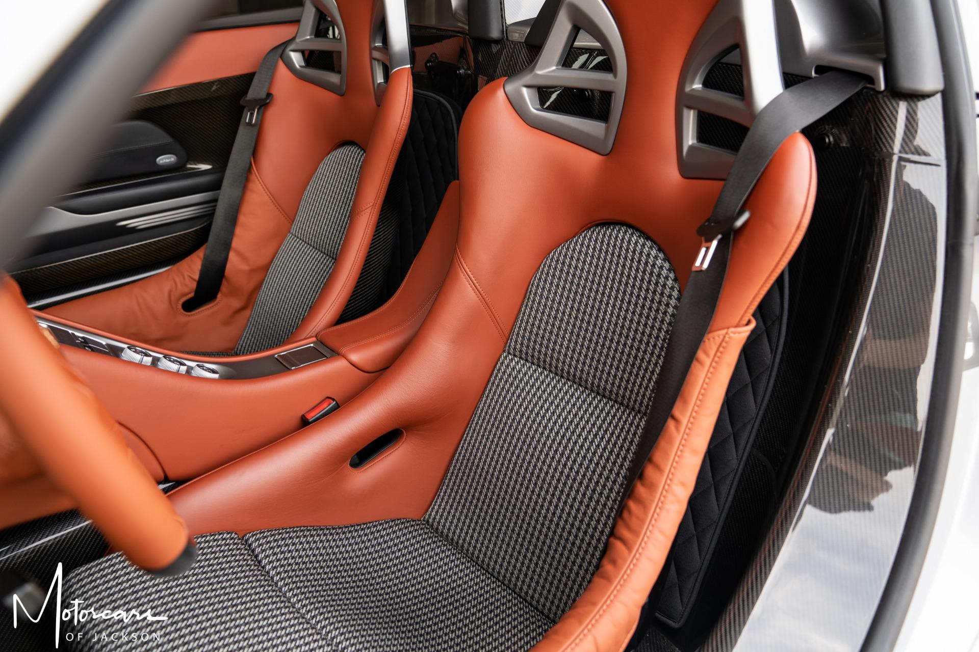 Used-2005-Porsche-Carrera-GT-for-sale-Jackson-MS