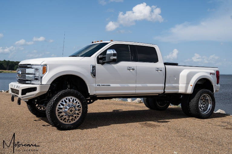 Used-2019-Ford-Super-Duty-F-350-DRW-Platinum-for-sale-Jackson-MS