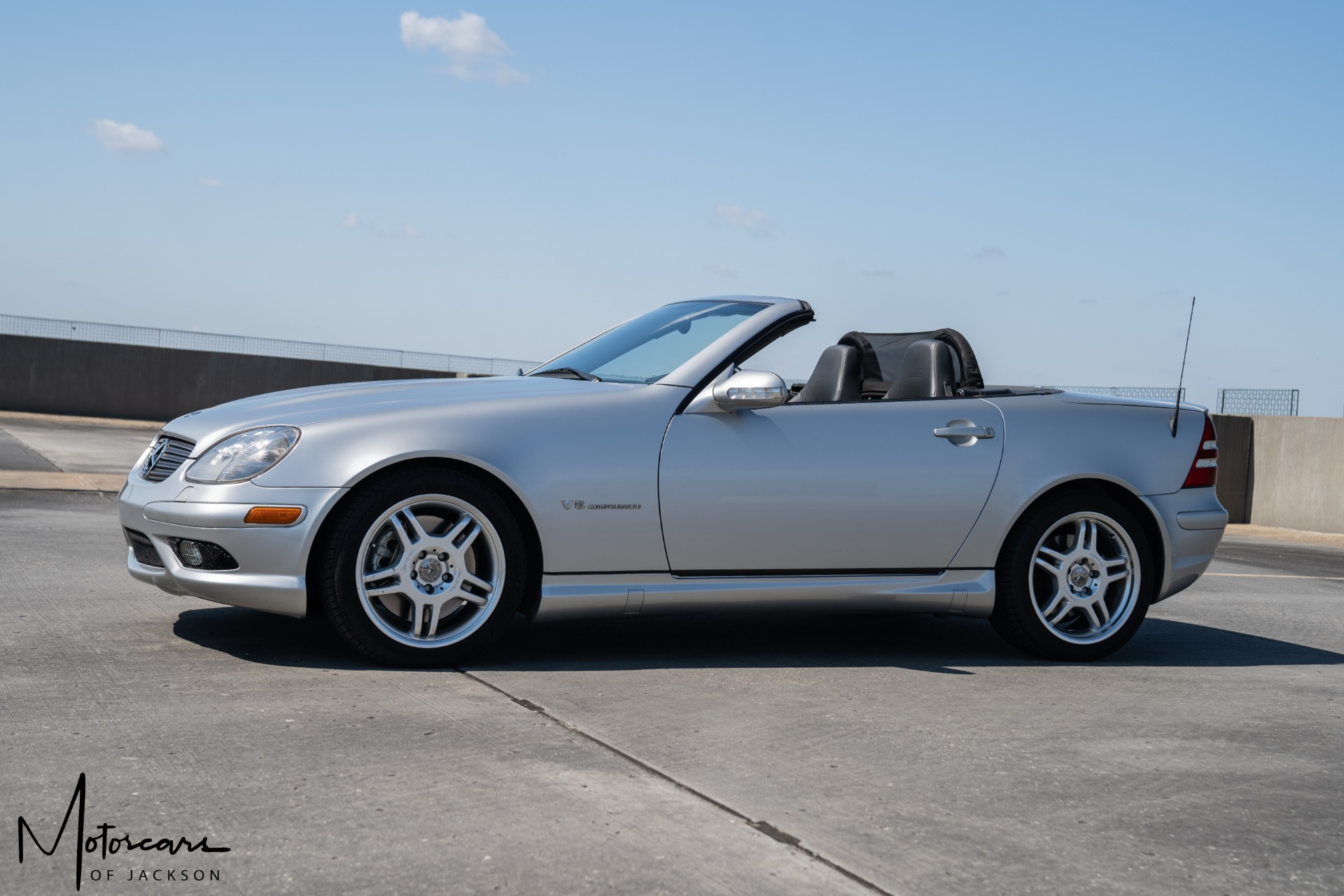 Used-2002-Mercedes-Benz-SLK-Class-32L-AMG-for-sale-Jackson-MS